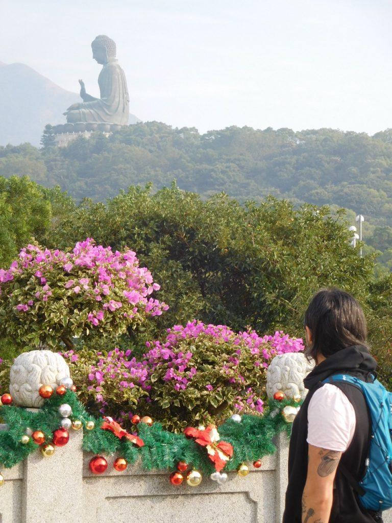 Arriving at the Big Buddha village