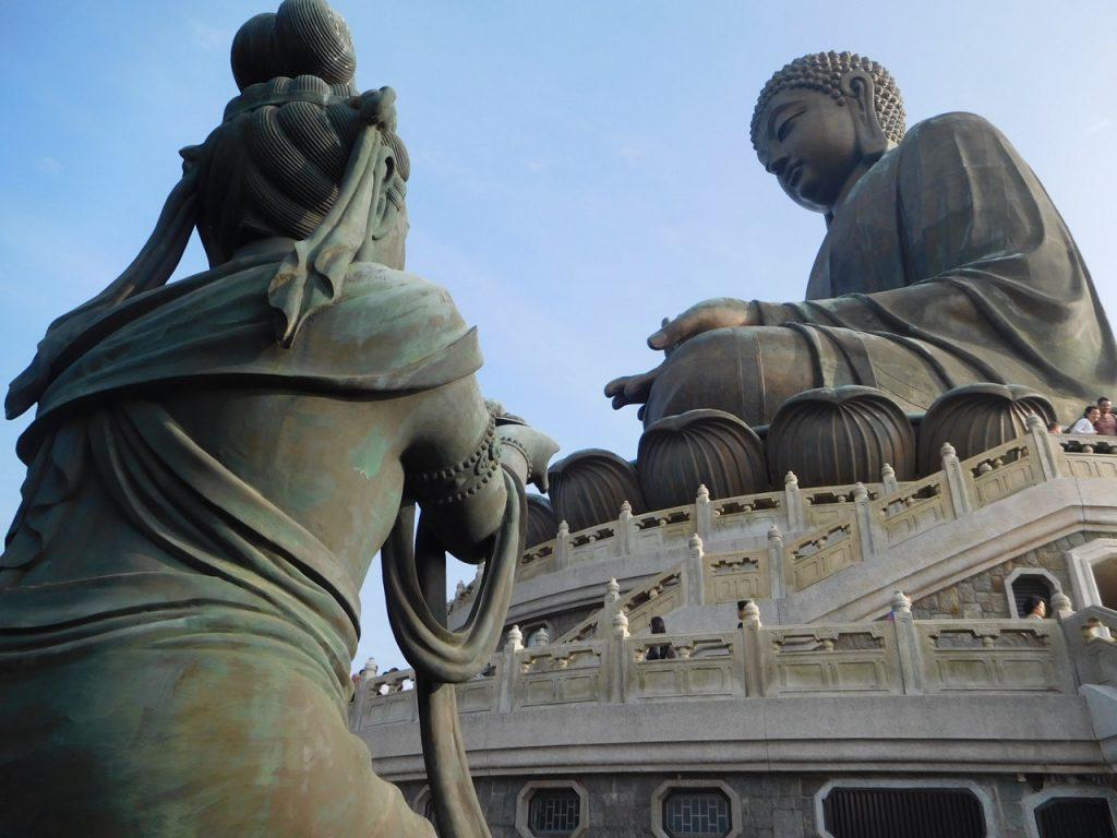 Big Buddha and a Deva