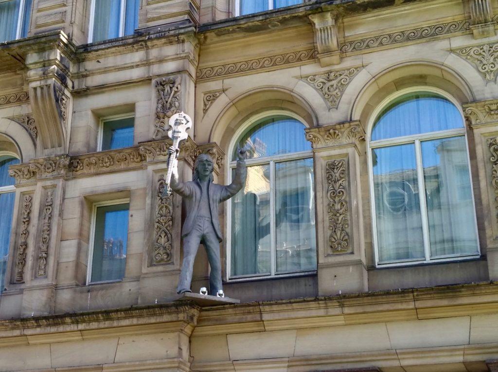 statue d'un Beatles