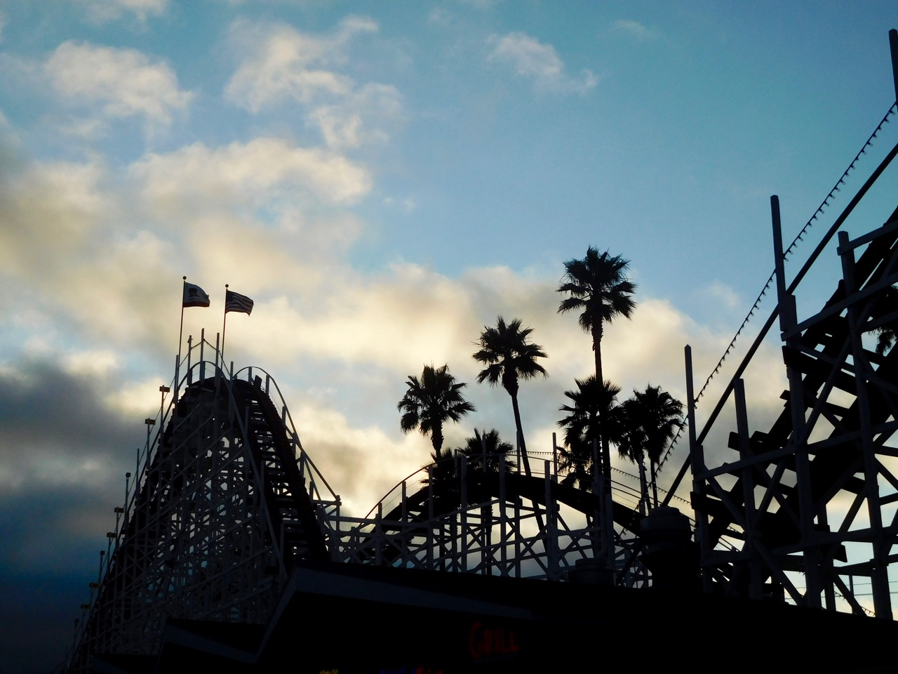 A few days in Santa Cruz - Rollercoasters at Boardwalk Amusement Park [01]