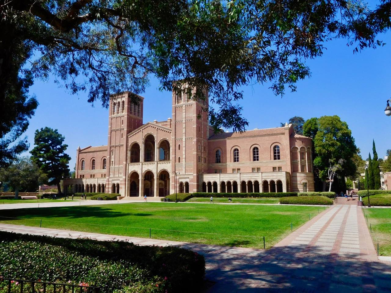 3 Days in L.A. - UCLA Campus (3)