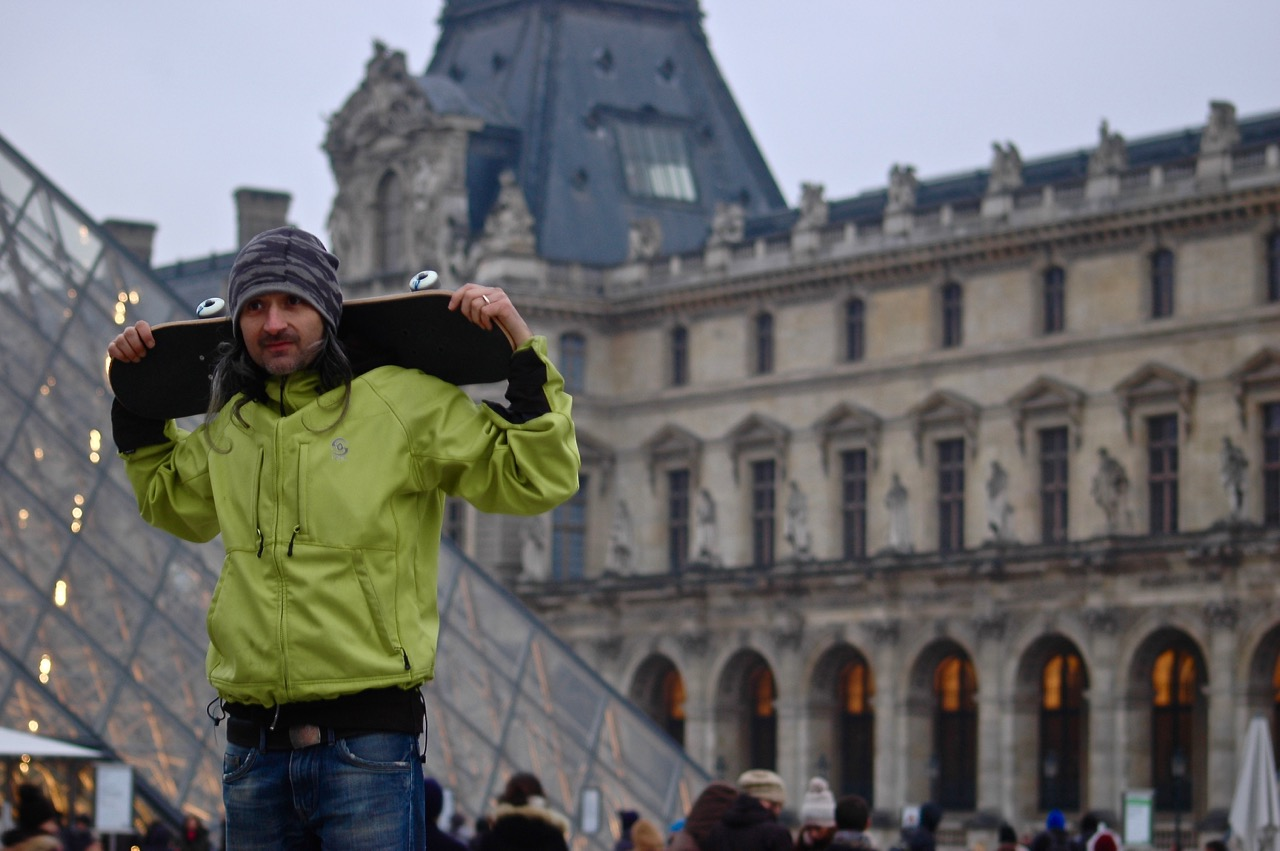 Winter in Paris - Skateboarding at the Louvre Pyramids (02)