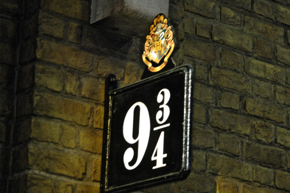 Platform 9 3/4 at the Harry Potter Warner Bros Studio