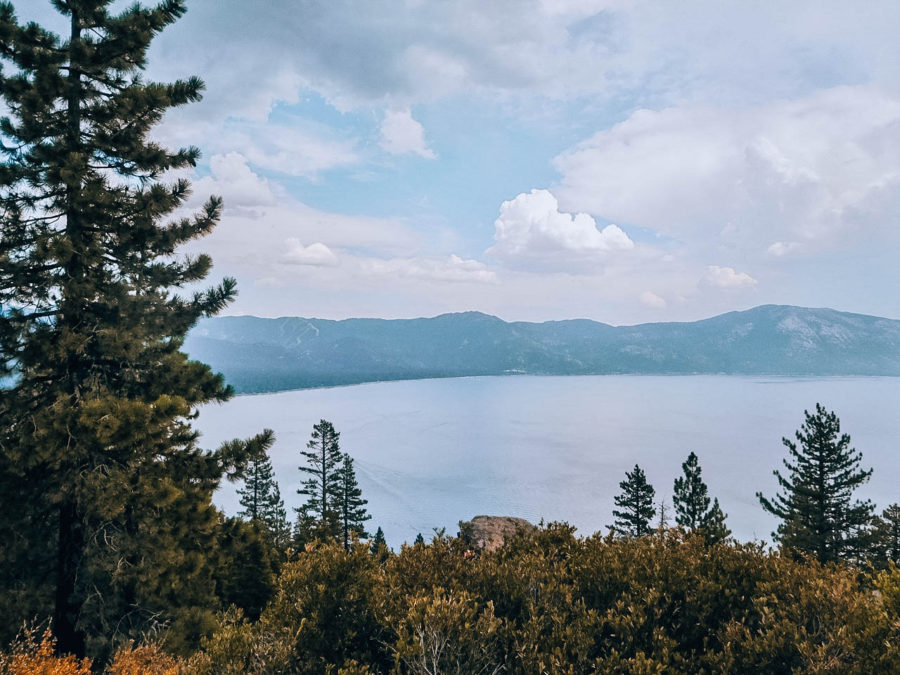 Itinerary USA road trip by bus - Lake Tahoe landscape