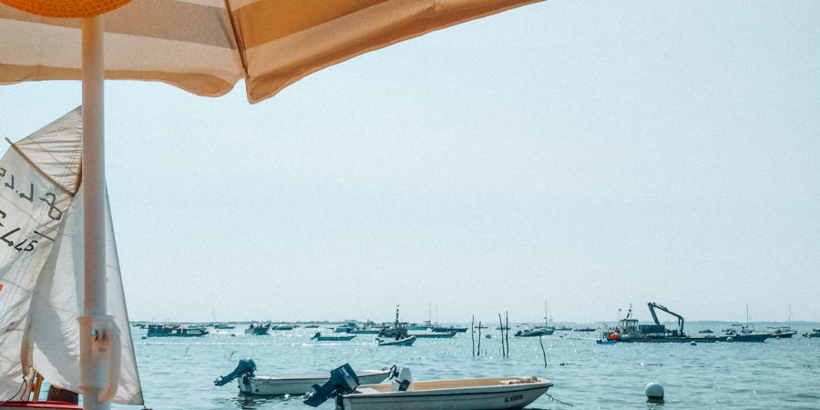 Beach in Cap Ferret with boats
