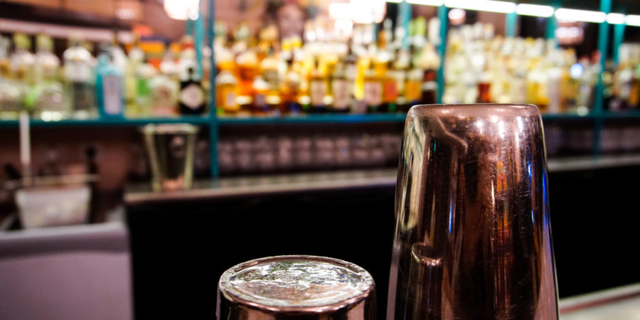 Exploring the best cocktail bars in Paris sentier neighborhood - Uma Nota