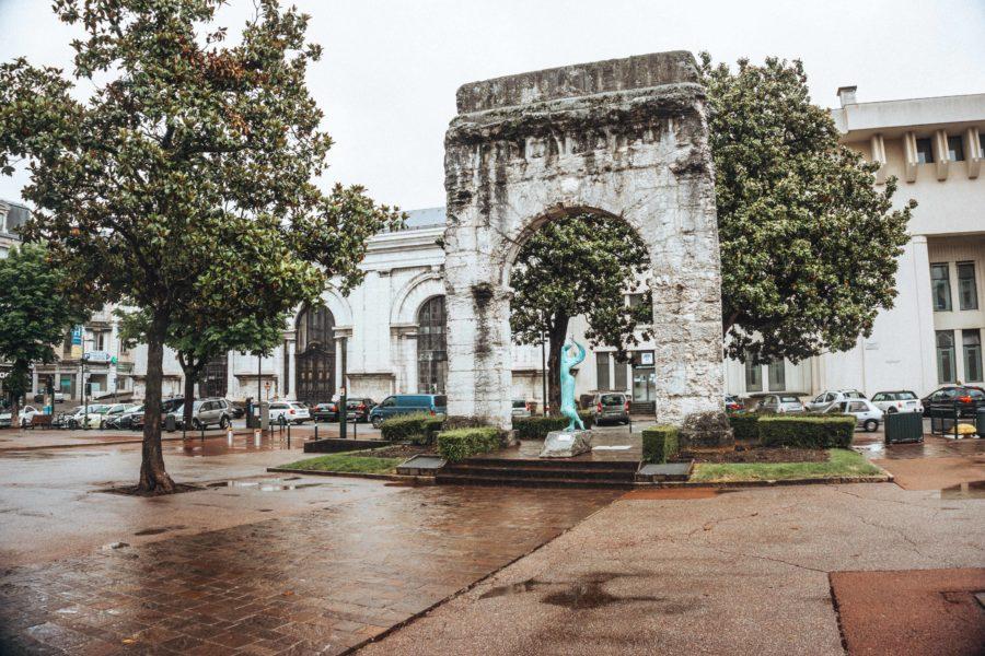 The Campanus arch in Aix les Bains