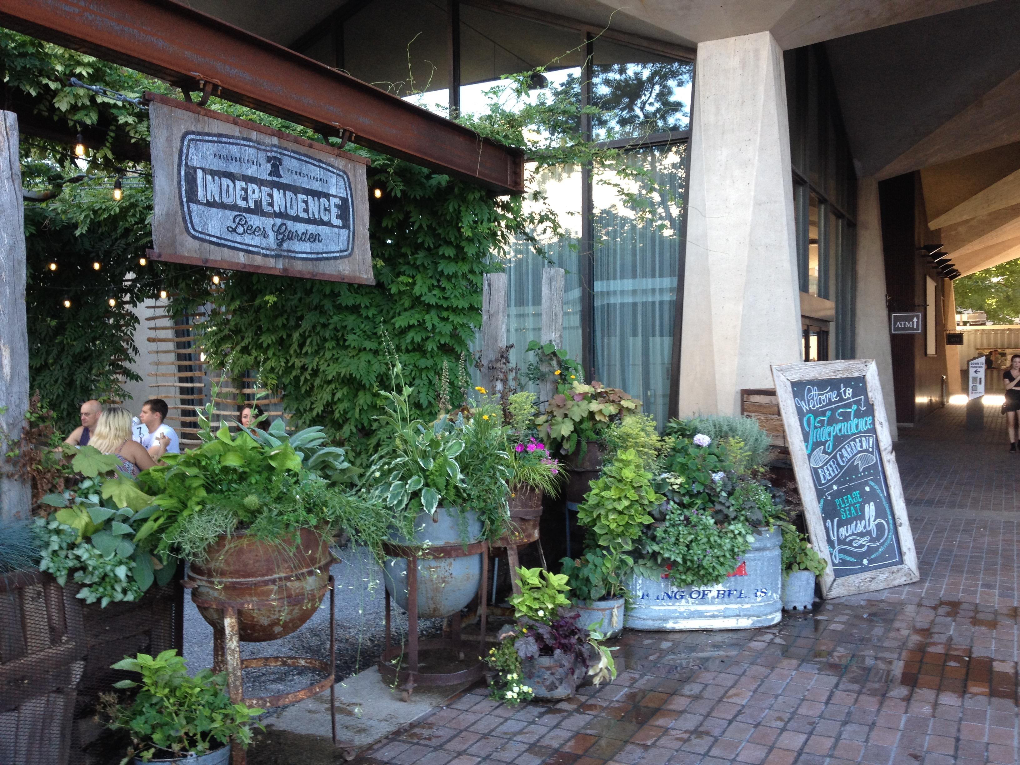 The Independance Beer Garden @ Philadelphie