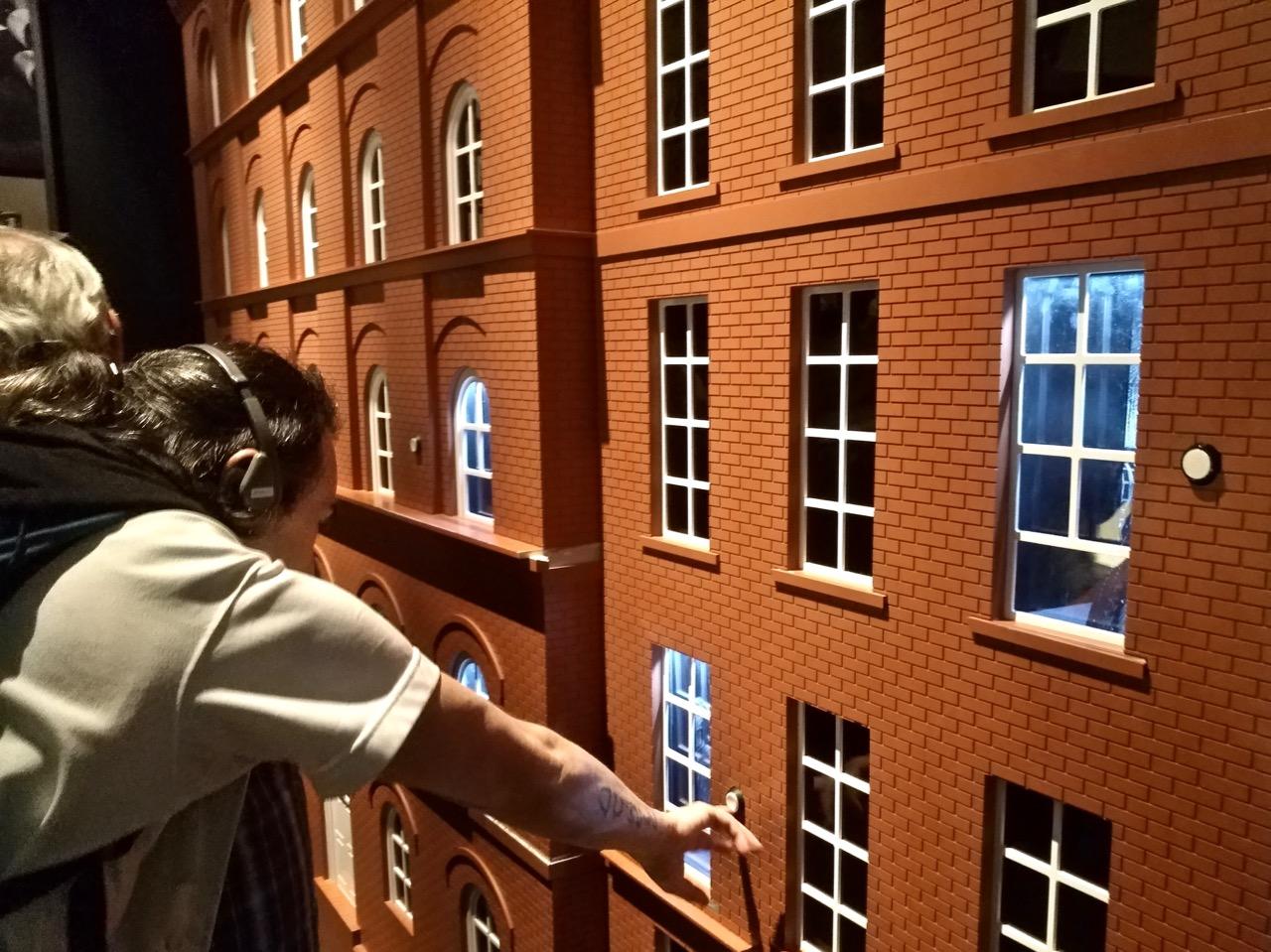 Visiting the Titanic Museum in Belfast (6)