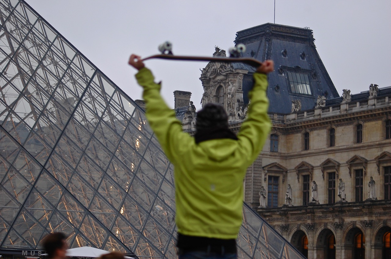 Winter in Paris - Skateboarding at the Louvre Pyramids (10)