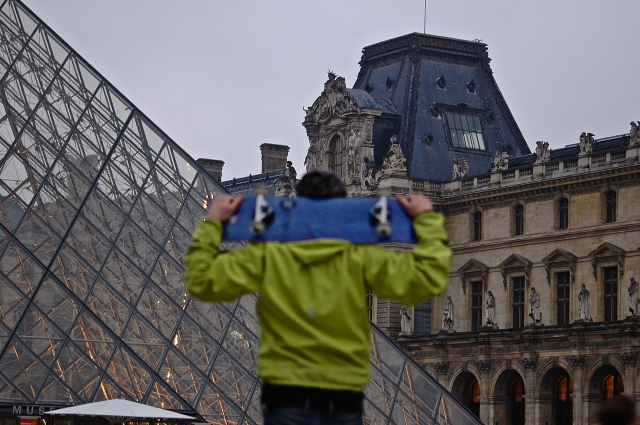 Winter in Paris - Skateboarding at the Louvre Pyramids (03)