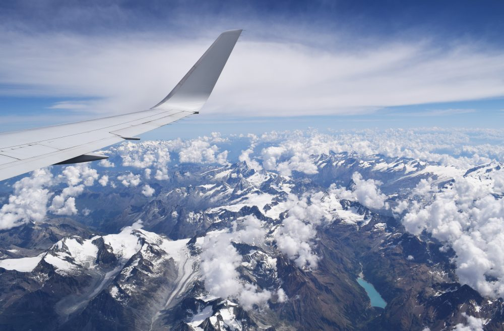 How to fly low-cost like a rock star (11)