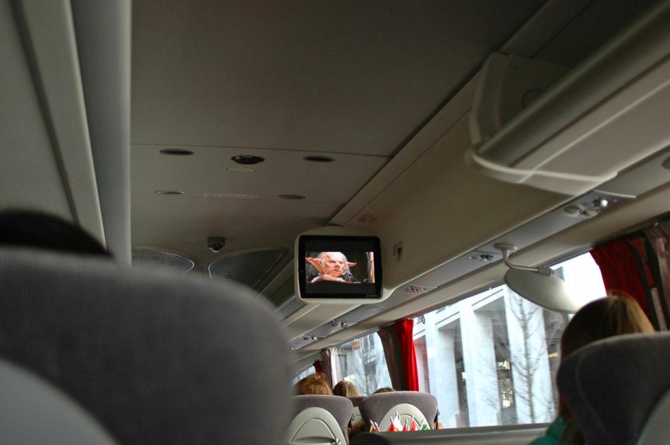 L'écran dans le bus du tour de BritMovieTours Harry Potter à Londres