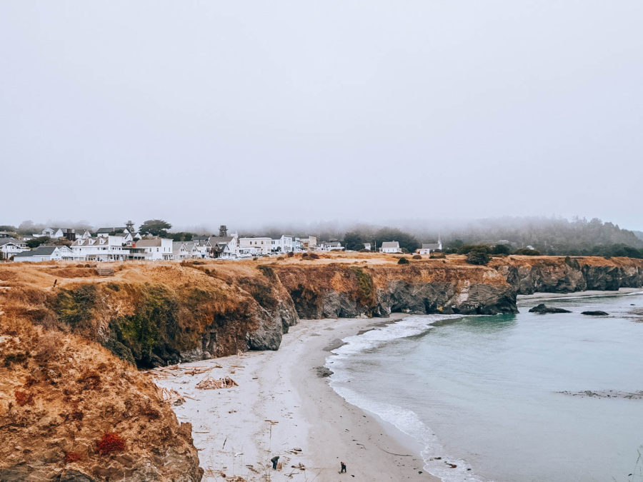 Itinerary USA road trip by bus - Mendocino beach