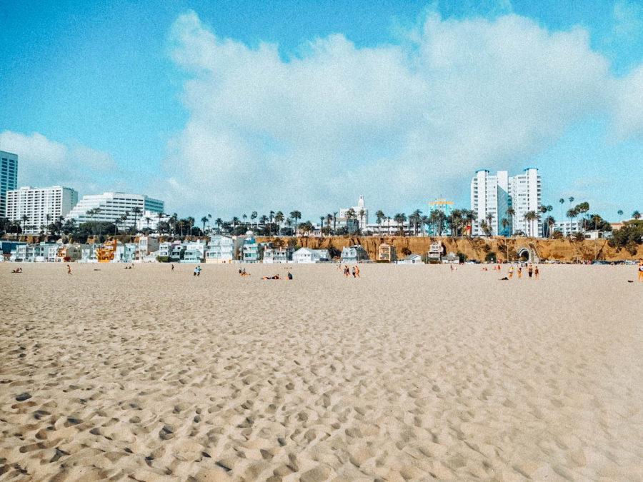Itinerary USA road trip by bus - Santa Monica beach in L.A.