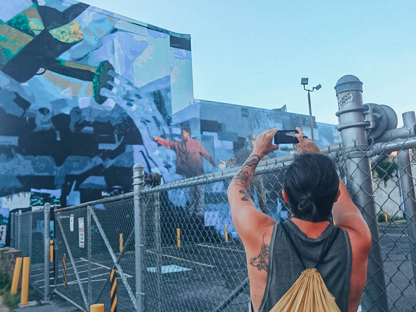 Itinerary USA road trip by bus - Street art in Philadelphia