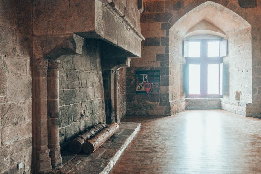 Salle de réception du château ducal de Dinan