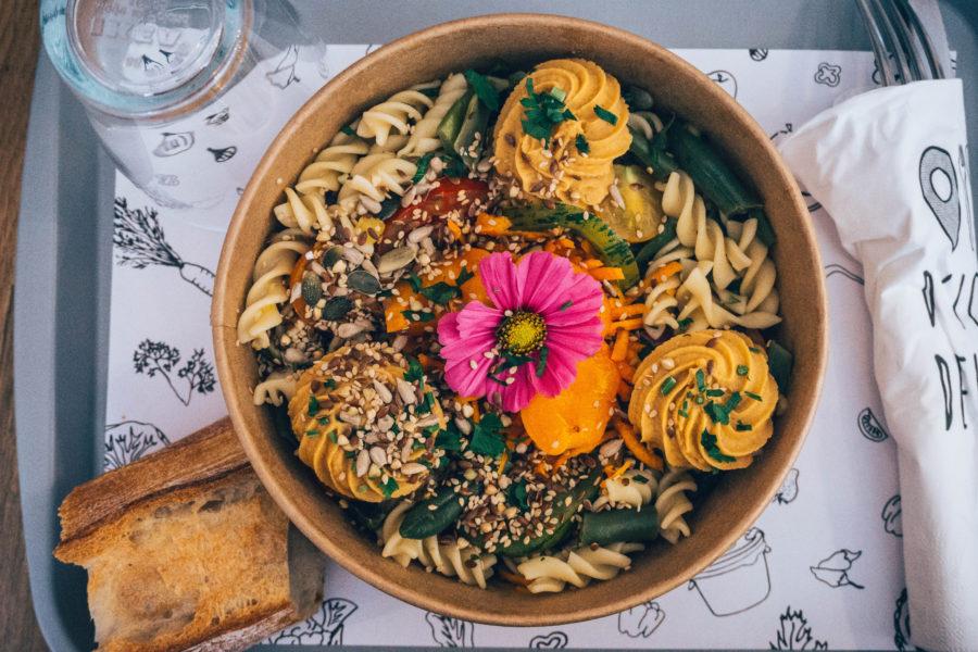 Visiter Dinan et manger locavore bio et vegan chez D'icidela