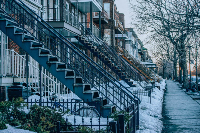 Houses ligned up in Montreal in March