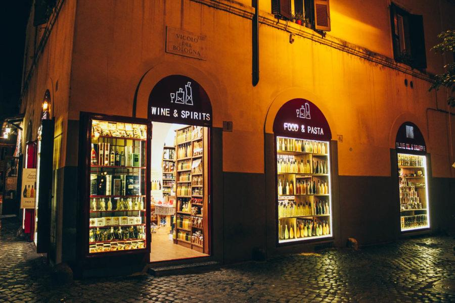 Food and drinks shop in Trastevere neighborhood in Rome