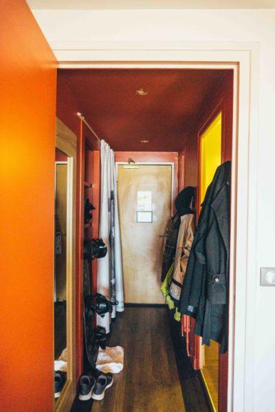 Alpe d Huez ski holidays-Duplex Room at Hotel Grandes Rousses-Corridor