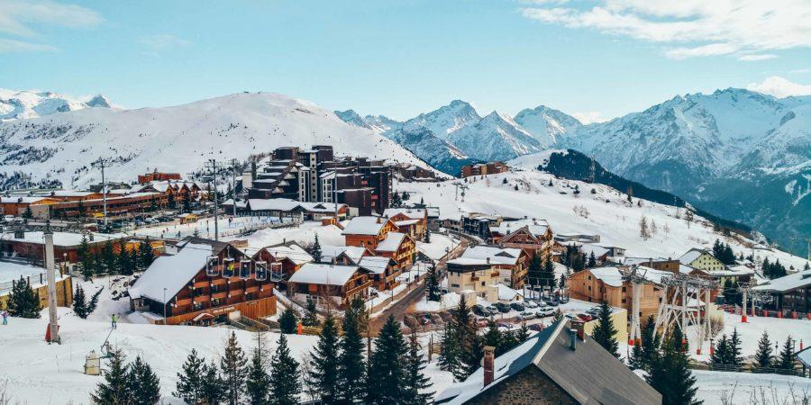 Alpe d'Huez ski holidays tips and infos