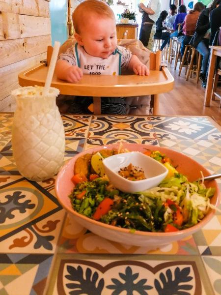 Plat au restaurant vegan friendly Eat my Trip à Barcelone sur notre trajet Biarritz Rome