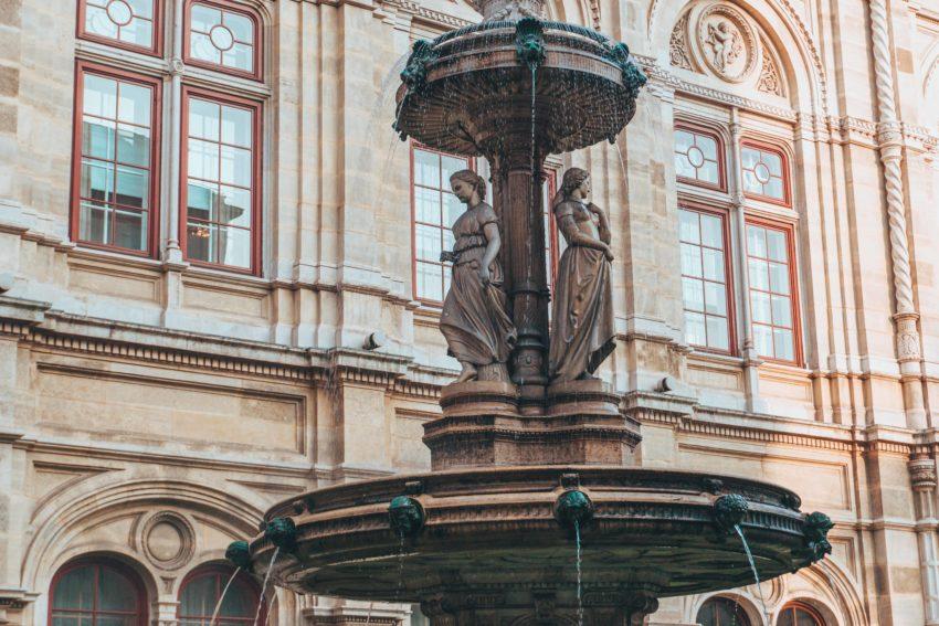 La fontaine de l'Opéra d'Etat de Vienne