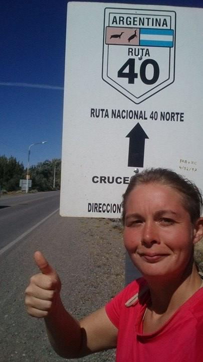 faire-du-stop_route_40-argentine